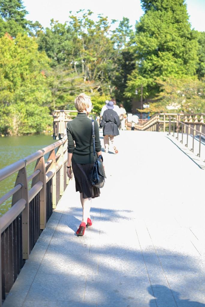 天気のいい井の頭公園を散歩する