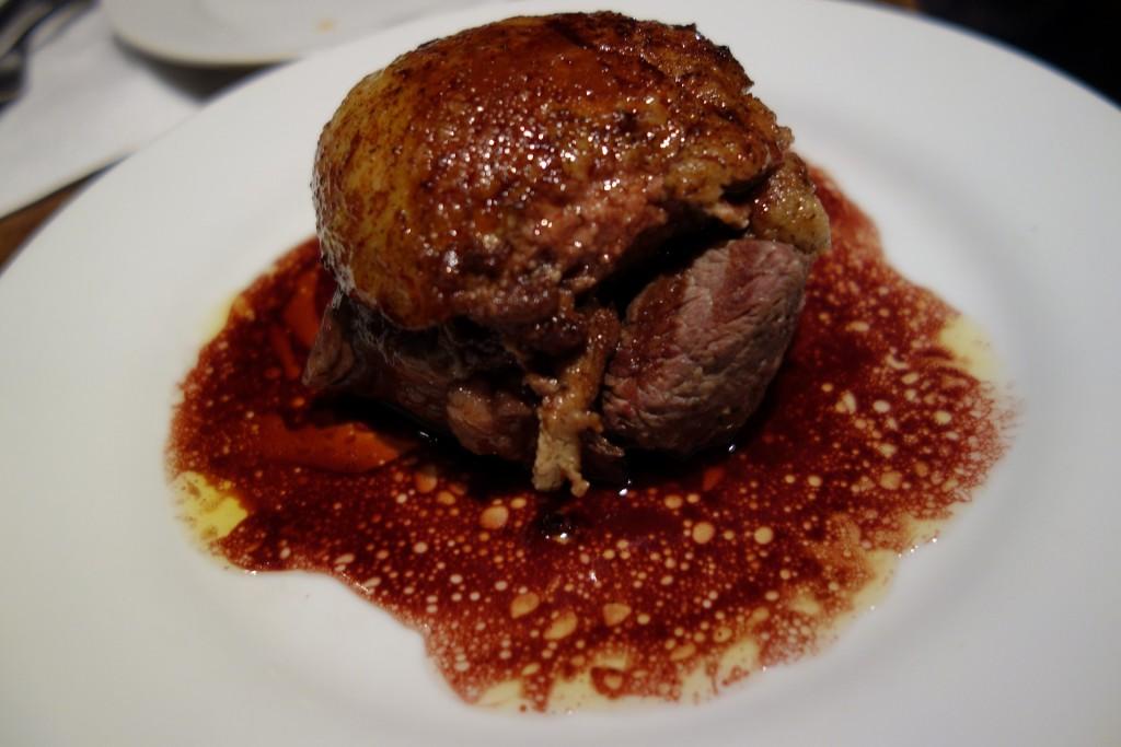 牛フィレ肉とフォアグラのロッシーニ