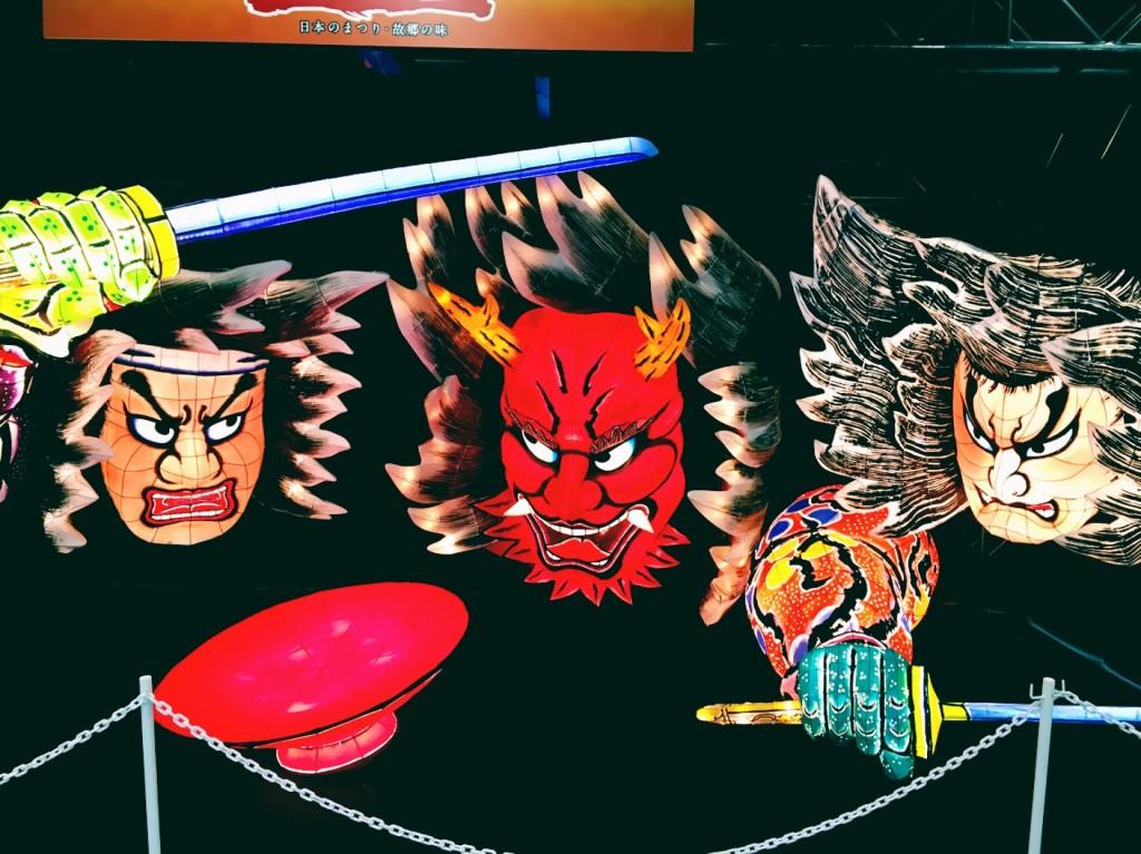 眼力に圧倒される青森の象徴、ねぶた祭り