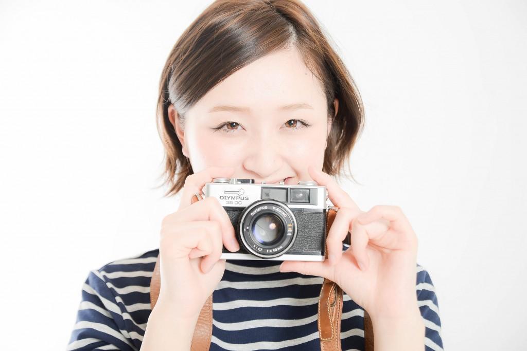 写真嫌いと伝えたのにしつこくカメラを向けてくる女子