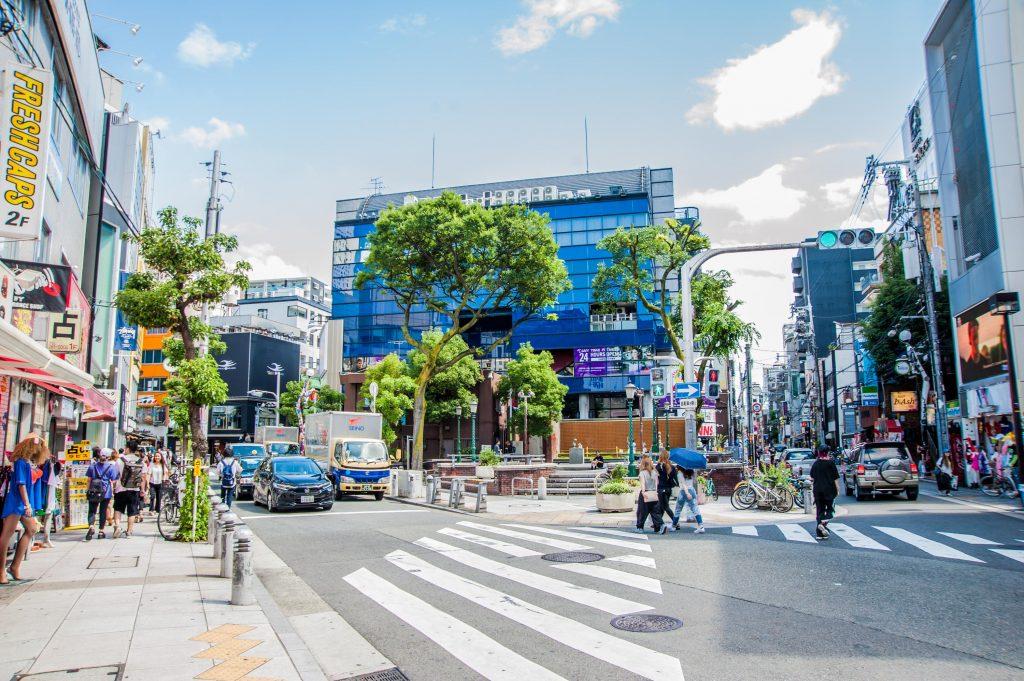 若者が集まる個性の街大阪アメリカ村
