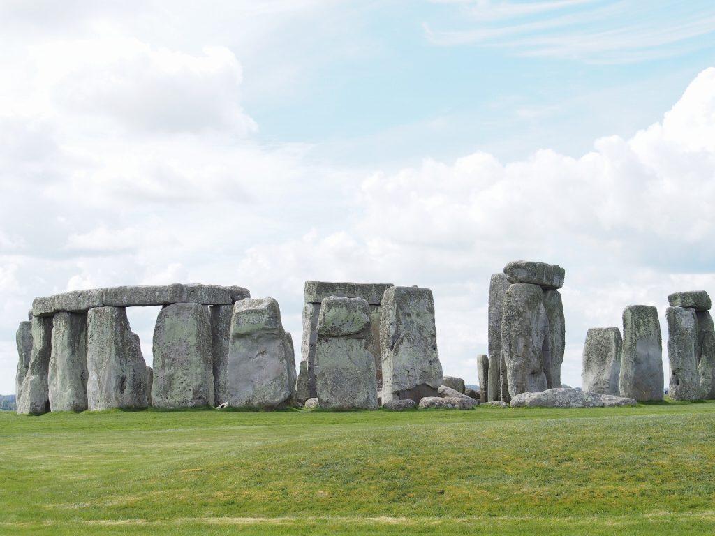 謎に包まれたストーンヘンジ岩の