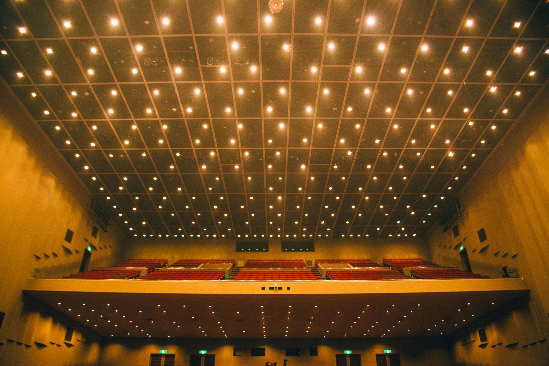 メロディを響かせるコンサートホール