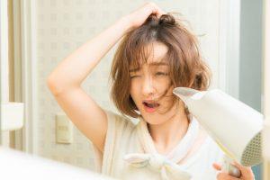 寝癖がひどくて髪を整えられない