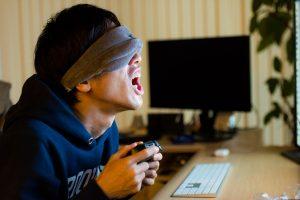 VRを購入するお金が無くエアVRをする