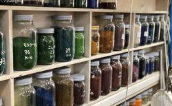 ガラス細工に使うカラー剤