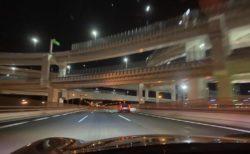 疾走感のある高速道路のドライブ